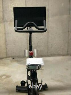 Gen 3 Peloton Exercise Bike EXCELLENT Condition with 1 pair of shoes for Pick Up